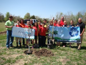 Pratt Industries Plants Trees for Earth Day 2014